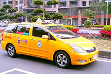 吳怡德計程車